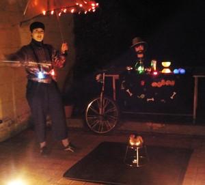 spectacle de jonglerie lumineuse